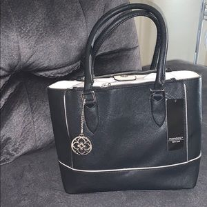 Mondani shoulder black purse